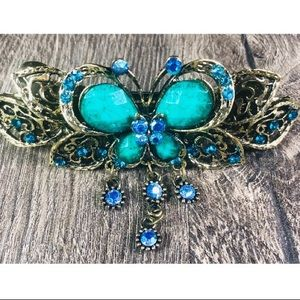 Accessories - Turquoise Butterfly Clip 🦋 New!!